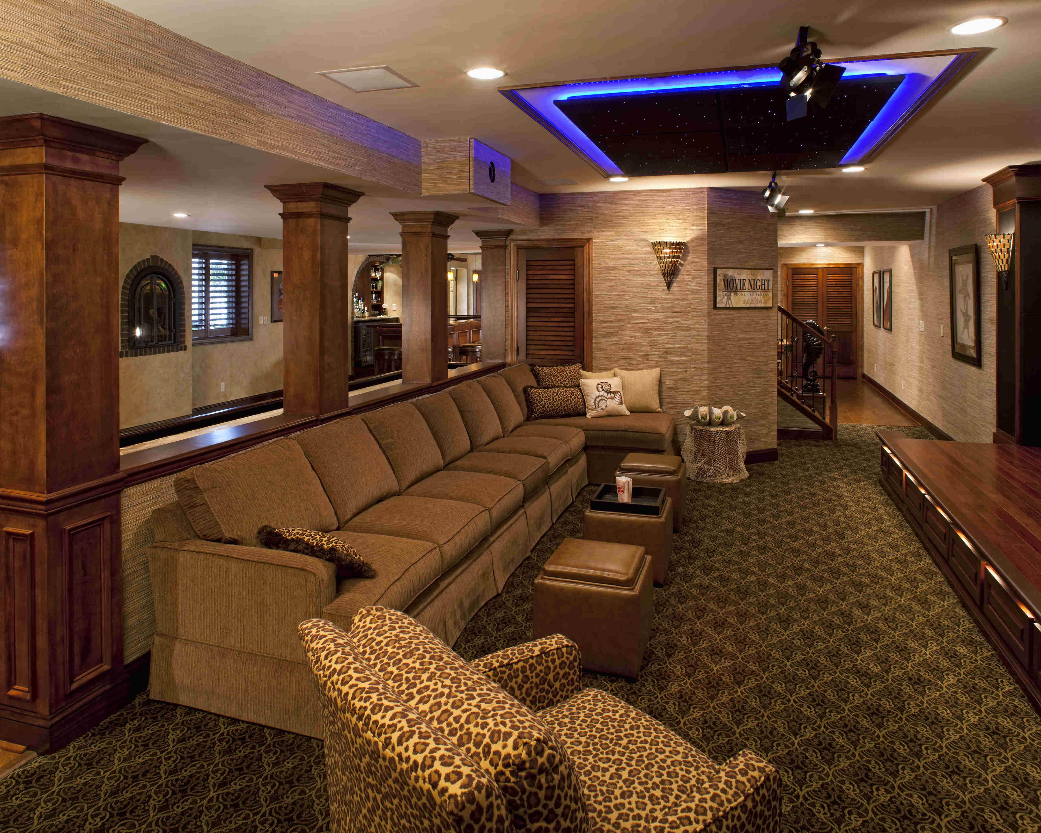 Custom Home Movie Theater Design Photos Gallery - Cinema | Ideas