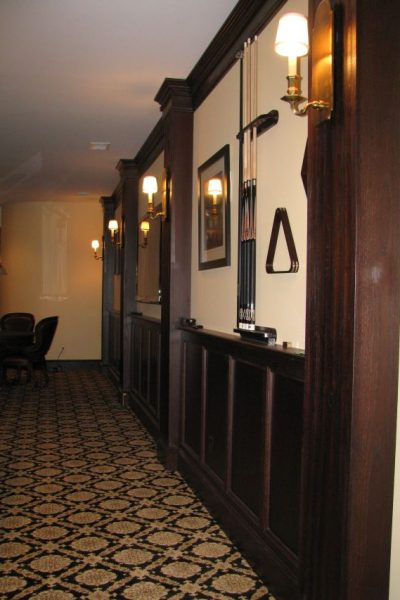 English Pub wainscoting
